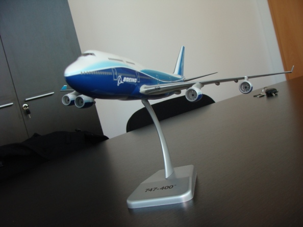 Boeing 747-400 Boeing factory livery