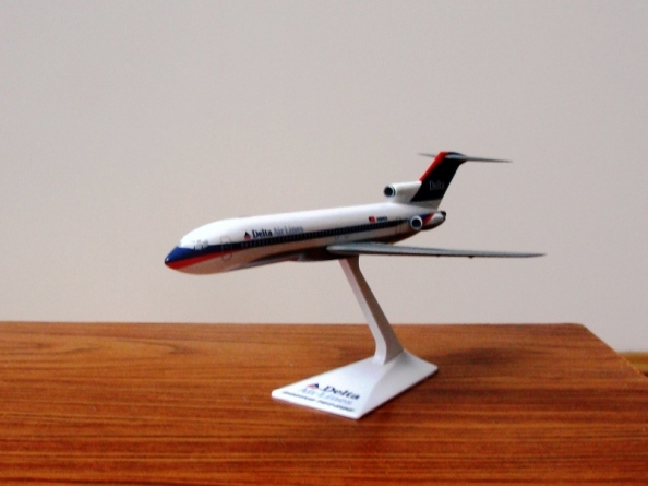 Boeing 727 Delta classic livery